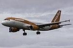 HB-JYA A320 easyJet Switzerland SCQ 02.jpg