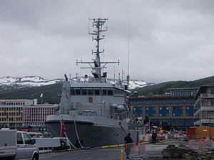 HNoMS Tyr (N50) in Harstad 2011.jpg
