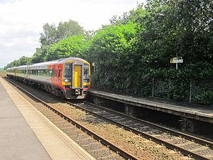 Halewood railway station - Image: Halewood railway station (19)