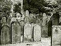Hamburg Altona Jüdischer Friedhof 01.jpg