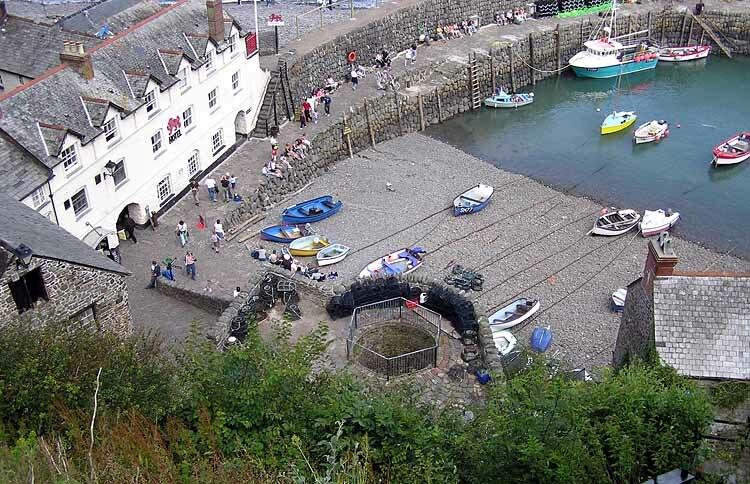 Harbour.clovelly.arp.750pix