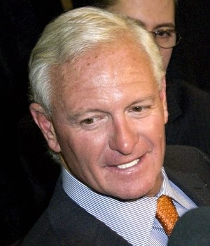 Jimmy Haslam - Image: Haslam 2012 Sports Awards (cropped)