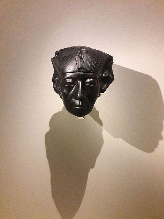 Sculpture du Pharaon Senusret III au musée Calouste Gulbenkian de Lisbonne - Photo de Marcin Latka