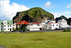 Heimaklettur seen from Stakkagerðistún which is a public park in the middle of Heimaey
