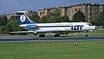 Hijacked LOT Tupolev Tu-134 at Tempelhof Manteufel (cropped).jpg