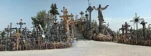Hill-of-crosses-siauliai