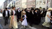Fil:Historic Danish Constitution Parade June 5 2015 - Copenhagen.webmhd.webm