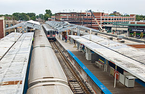 Howard station - Howard station during reconstruction in 2007. In the foreground are the wooden platforms and canopies dating from 1921; in the background new concrete platforms are under construction.