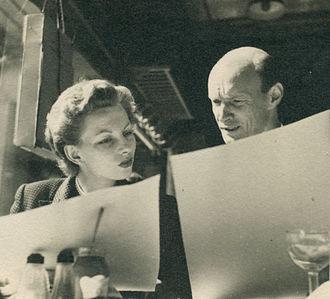 Jennifer Howard (actress) - Jennifer Howard in 1952 with screenwriter William Templeton