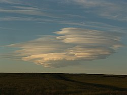 Nuage lenticulaire en Islande.