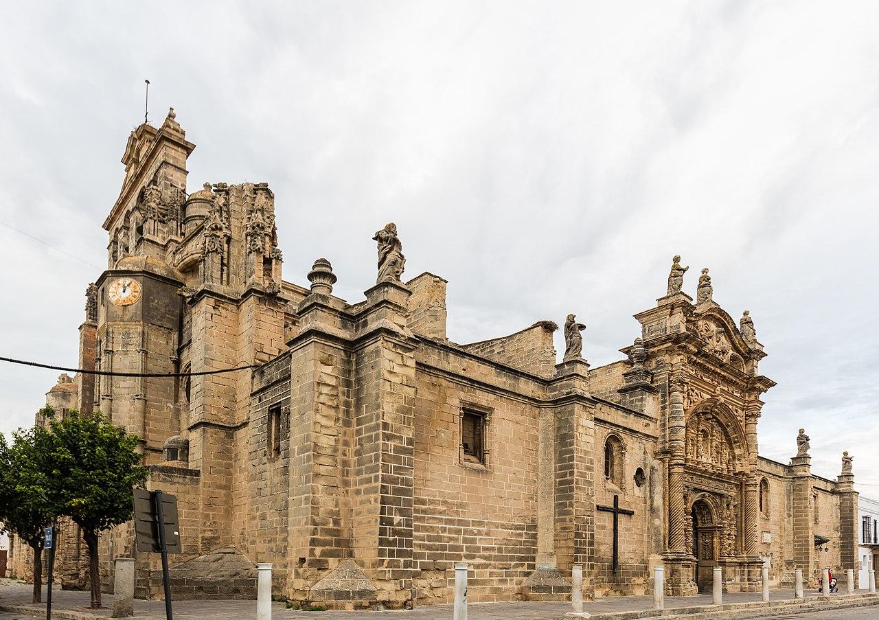 Puerto de Santa maría 1280px-Iglesia_Mayor_Prioral%2C_El_Puerto_de_Santa_Mar%C3%ADa%2C_Espa%C3%B1a%2C_2015-12-08%2C_DD_13