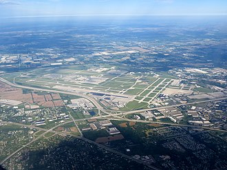 Indianapolis International Airport - Image: Indianapolis International Airport (16164994946)