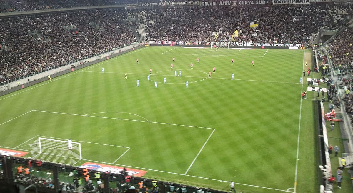 Allianz stadium torino wikiquote for Tabelle juventus turin