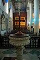 Inside view of St John's Church, Kolkata.jpg