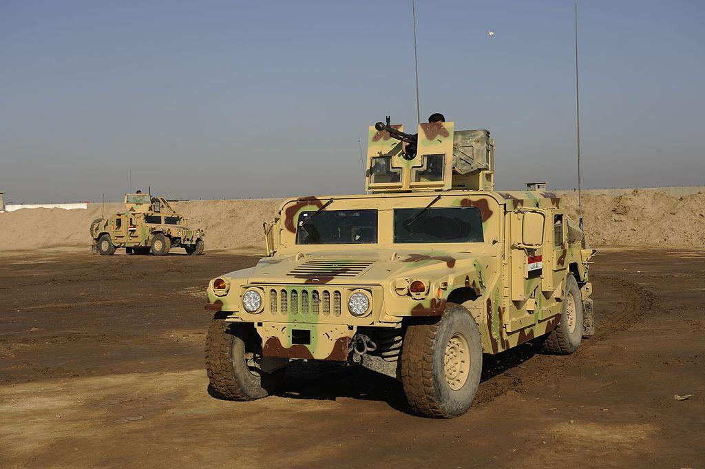 جميع صفقات عربات الهامفي العراقيه .......متجدد  - صفحة 3 1024px-Iraqi_Humvees