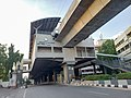 Irrum Manzil Metro Station.jpg