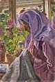 Izsák Perlmutter Junge Näherin am Blumenfenster.jpg
