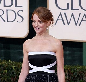 Jayma Mays - Mays at the 67th Golden Globe Awards