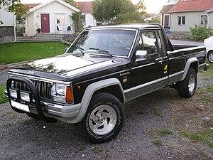 Jeep Comanche - 1988 Jeep Comanche Laredo 4.0 L longbed with aftermarket modifications