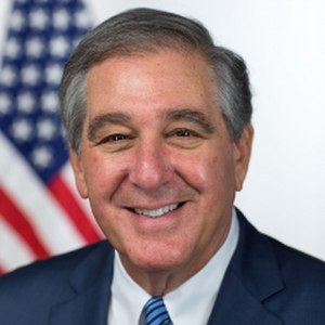 Jerry Abramson - Image: Jerry Abramson official portrait
