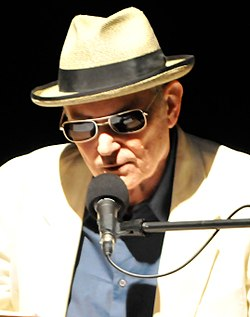 Joe Frank in 2010 (cropped).jpg