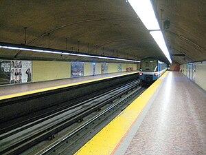 Joliette station (Montreal Metro) - Image: Joliette Station Metro