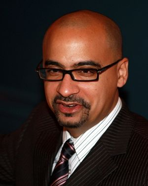English: Writer Junot Díaz at the Mercantile L...