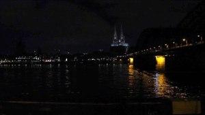 File:Kölner Dom - Abschaltung Beleuchtung als Protest gegen die Kögida-Demo.ogv