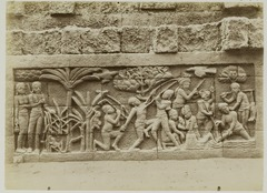KITLV 28014 - Kassian Céphas - Relief of the hidden base of Borobudur - 1890-1891.tif