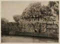 KITLV 40031 - Kassian Céphas - Reliefs on the terrace of the Shiva temple of Prambanan near Yogyakarta - 1889-1890.tif