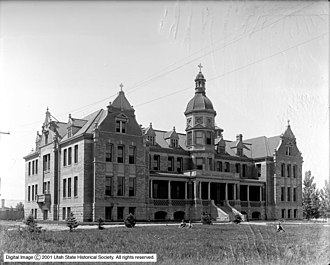 Kearns-Saint Ann Catholic School - Kearns' St. Ann's Orphanage shortly after opening in 1900