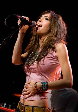 English: Kate Voegele performs at the Showbox ...