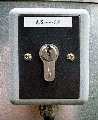 Key switch - On/off key switch