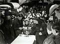 Kinderen vieren in kamp Westerbork het Chanoekafeest.jpg
