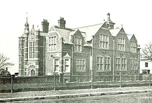 King Edward VI School, Southampton - The old school building in the 19th century