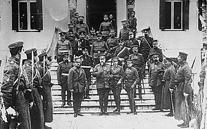 Soldater till makedonien i februari