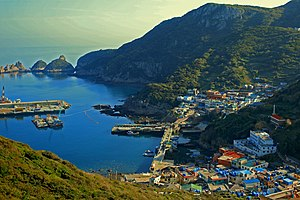 Hongdo - Image: Korea Hongdo Island 02