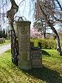 Kriegsgräberfriedhof Hof 2019 xy3.jpg