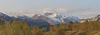 Sørfold - View of Kviturfjellet and Veikdalsisen
