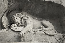 Löwendenkmal - The Lion Monument (Lucerne) 02.jpg