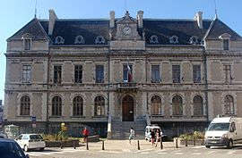 df19cb61b61b31 La Mure. Commune · Town hall