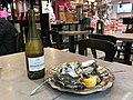 Le Domjohn Bar (Beynost) - huîtres et vin blanc - 1.JPG