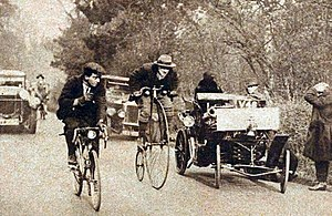 London to Brighton Veteran Car Run - The first run, in November 1927, only for vehicles over thirty years old.