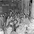 Leden van de kibboets bij de viering van sederavond, Bestanddeelnr 255-0661.jpg