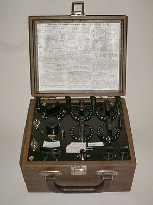 Morris E. Leeds - Image: Leeds & Northrup Type S Test Set No. 5300