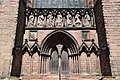 Lichfield Cathedral (St. Mary & St. Chad) (28904269986).jpg