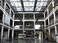 Lichthof der Staatlichen Hochschule für Gestaltung im ZKM-Bau in Karlsruhe.jpg