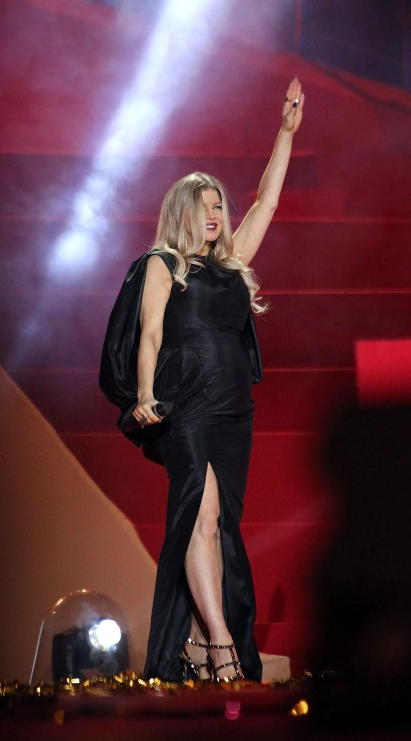 Fergie (singer) - HowlingPixel Fergie Singer