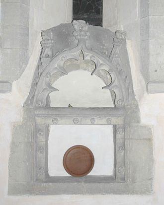 Little Faringdon - St Margaret's parish church: Perpendicular Gothic piscina