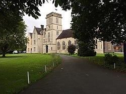 Llandovery College (geograph 5927072).jpg